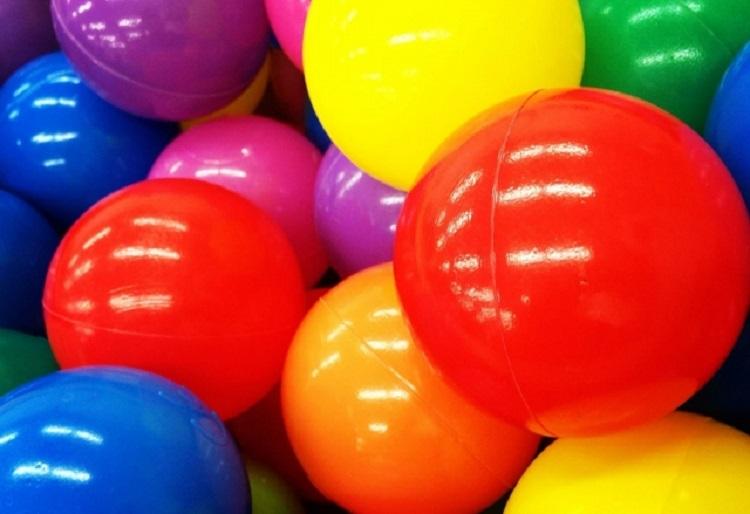ピラティスでボールを使ってみよう!効果的な使い方をご紹介!